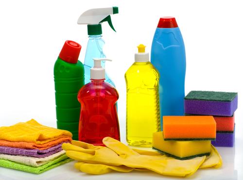cómo limpiar suelos plastificados
