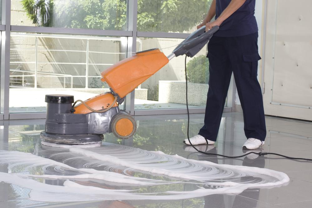 cómo limpiar suelos de cerámica