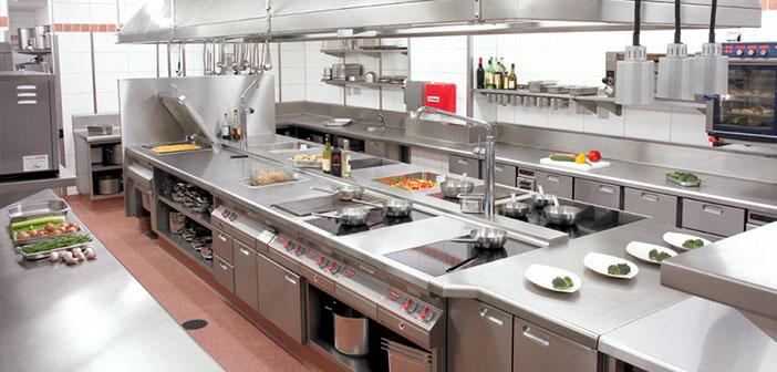 cómo limpiar la cocina de un restaurante