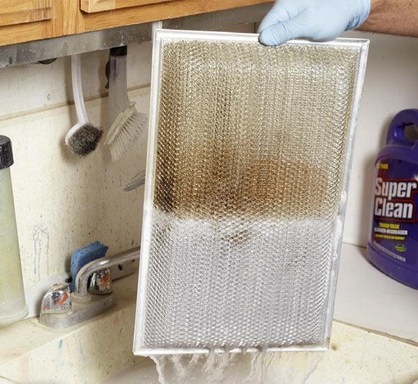 Cómo limpiar los filtros de la campana