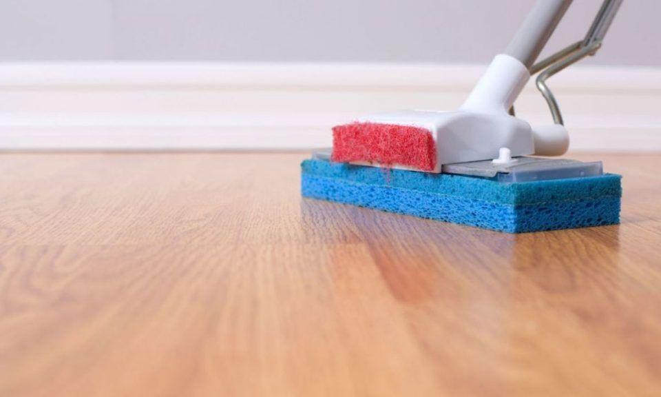 Limpiar suelos de madera
