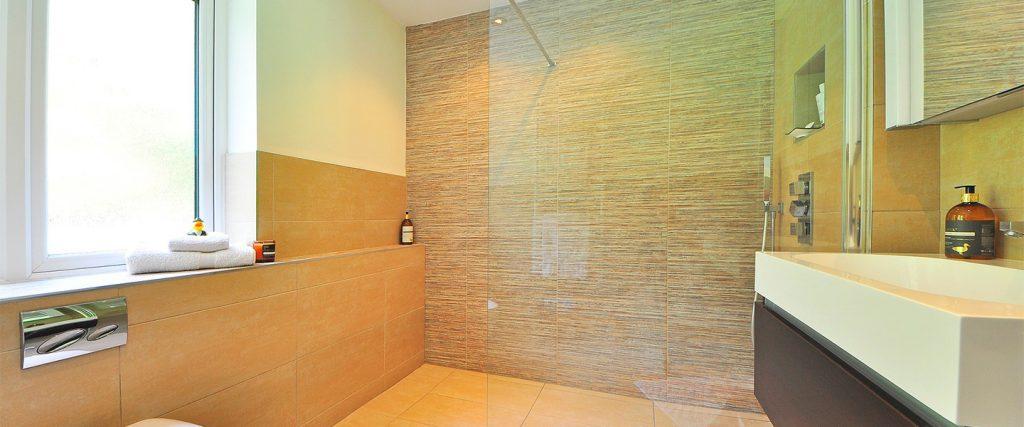 Limpiar azulejos baño después obra