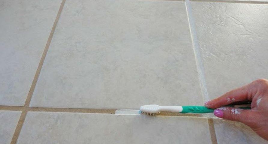Cómo limpiar juntas del suelo