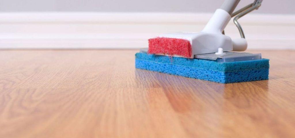 Cómo limpiar suelos de madera