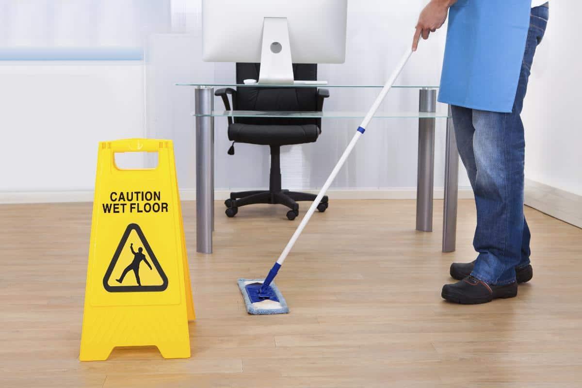 Limpiar oficinas