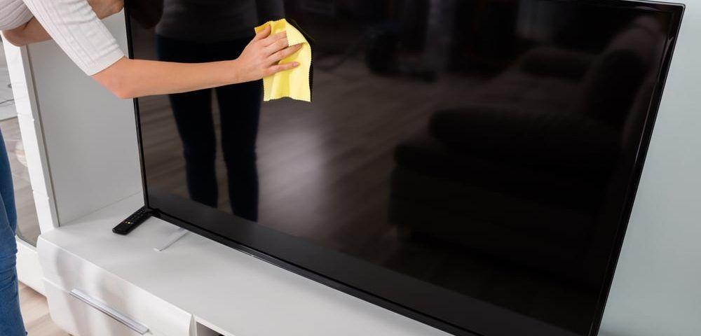 Cómo limpiar pantalla tv