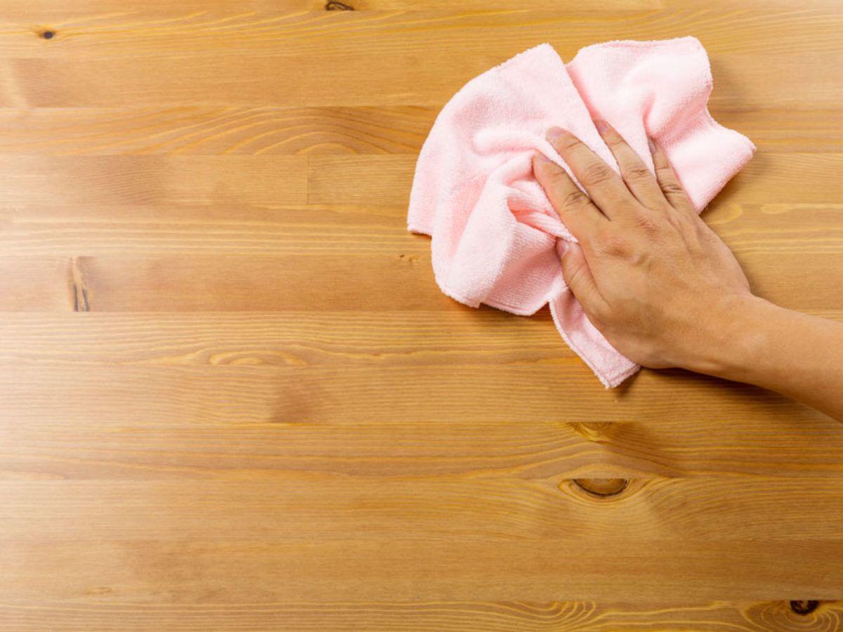 Cómo limpiar madera